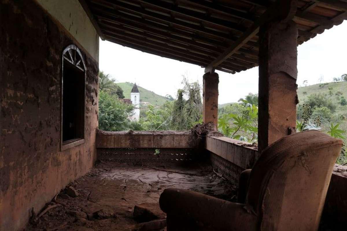 Distrito de Barra Longa foi um dos atingidos pelo rompimento da barragem do Fundão