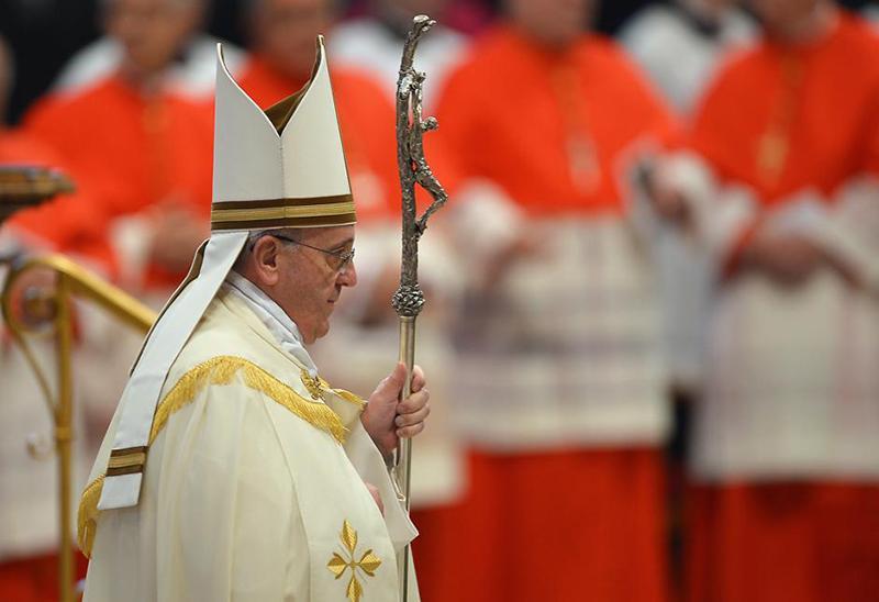 Francisco durante procissão de entrada da missa, na Basílica de São Pedro, no Vaticano