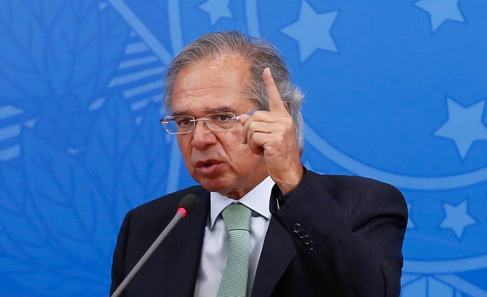 Guedes também atacou a Febraban, que para ele é um cartório institucionalizado de bancos'