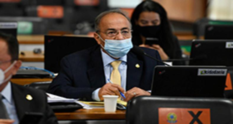 No Brasil, agentes públicos pegos surrupiando dinheiro não são uma novidade, infelizmente (Edilson Rodrigues/Agência Senado)