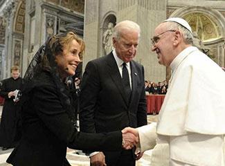 Biden em audiência com Papa Francisco (Arquivo)