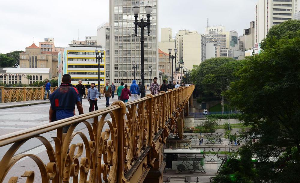 A paixão de Péricles pelo Vale do Anhangabaú começou ainda criança, nos passeios a pé pelo Vale e pelo Viaduto do Chá