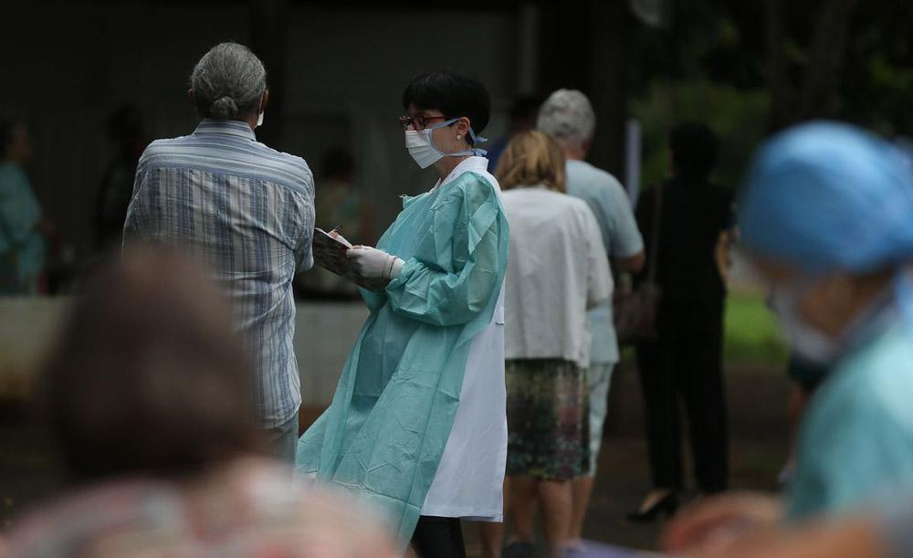 A pandemia deCovid-19 coloca questões sérias de responsabilidade para com os idosos