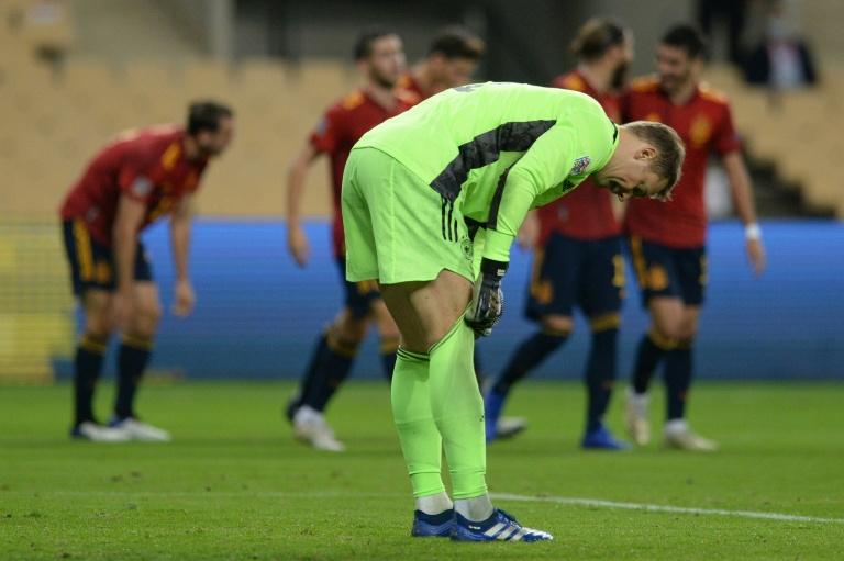 Lance da partida entre Espanha e Alemanha, pela sexta rodada do Grupo 4 da liga A da Liga das Nações
