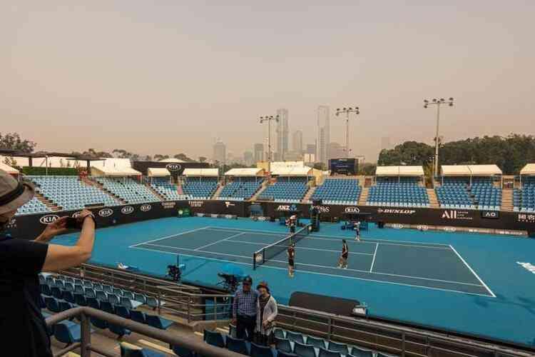 Os torneios de tênis na Austrália serão realizados só na temporada de 2022