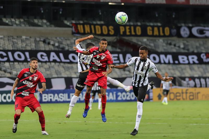 Jogo entre Atlético x Athletico-PR no Mineirão (18/11/2020)