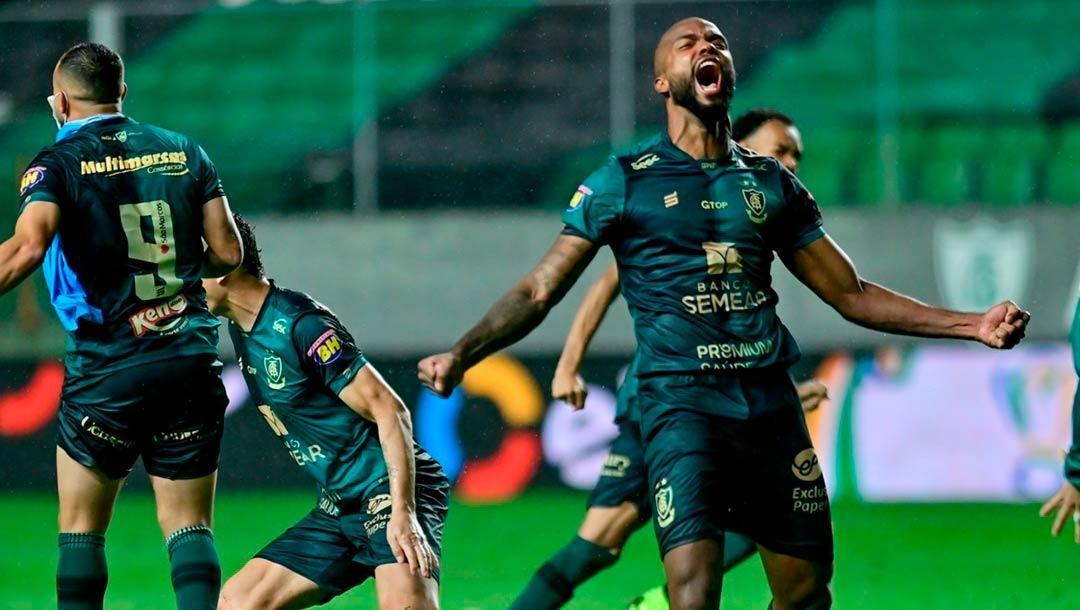 América tentará repetir a façanha histórica diante do Palmeiras.