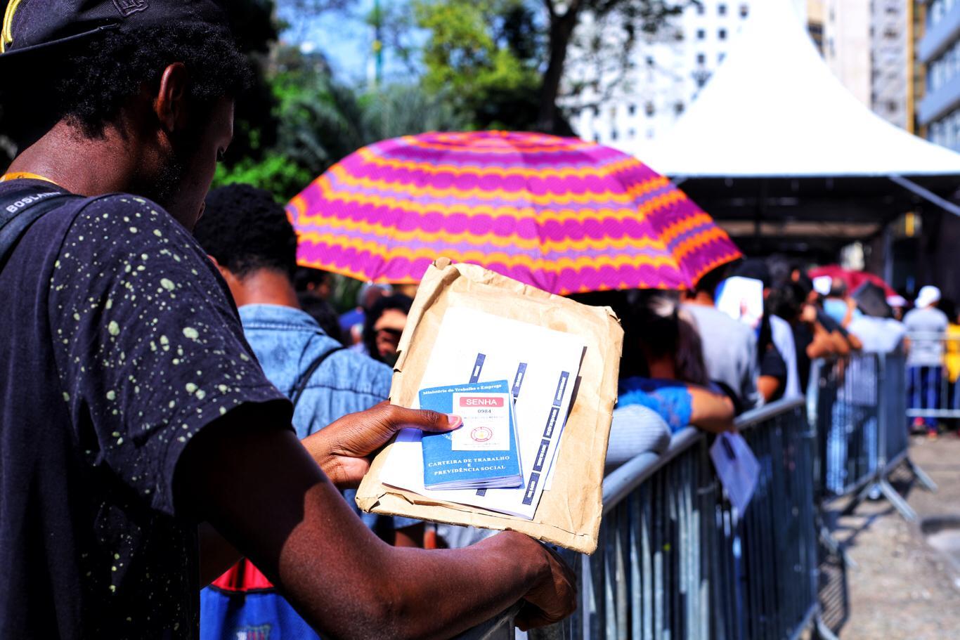 Pandemia tirou melhores de pessoas do mercado de trabalho, a maioria negras
