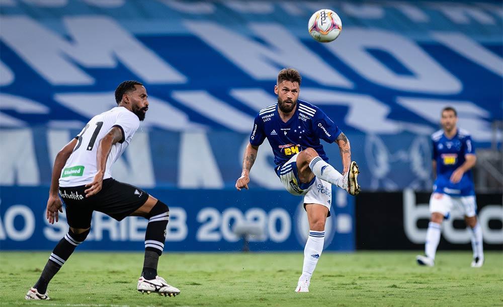 Com o resultado, o Cruzeiro segue fora da zona de rebaixamento.