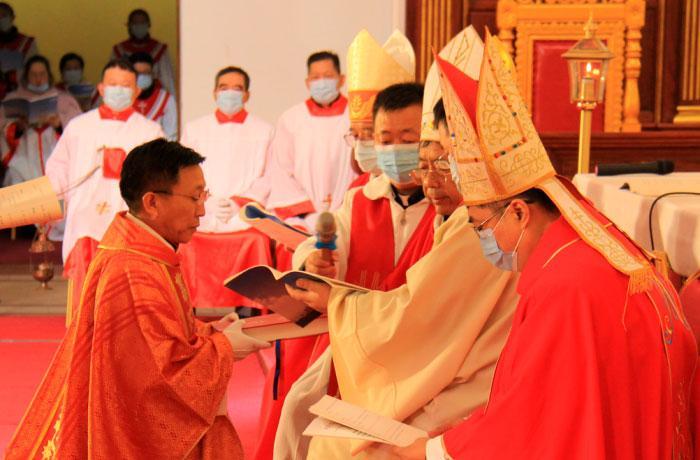Acordo visa permitir aos fiéis terem bispos em plena comunhão com o papa e, ao mesmo tempo, reconhecidos pelas autoridades do país