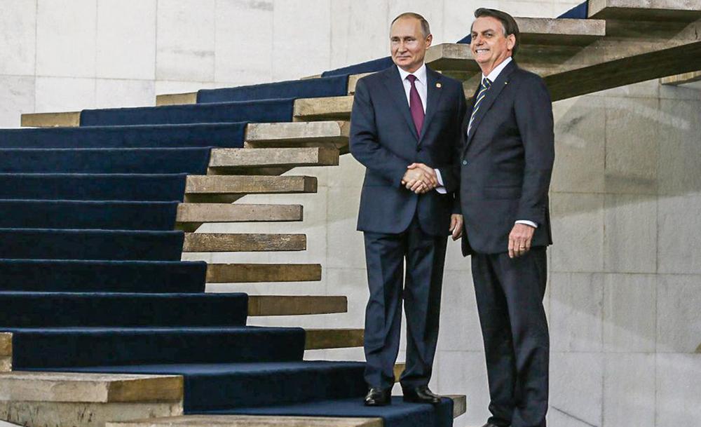 Putin e Bolsonaro em Brasília, durante cúpula do Brics em 2019