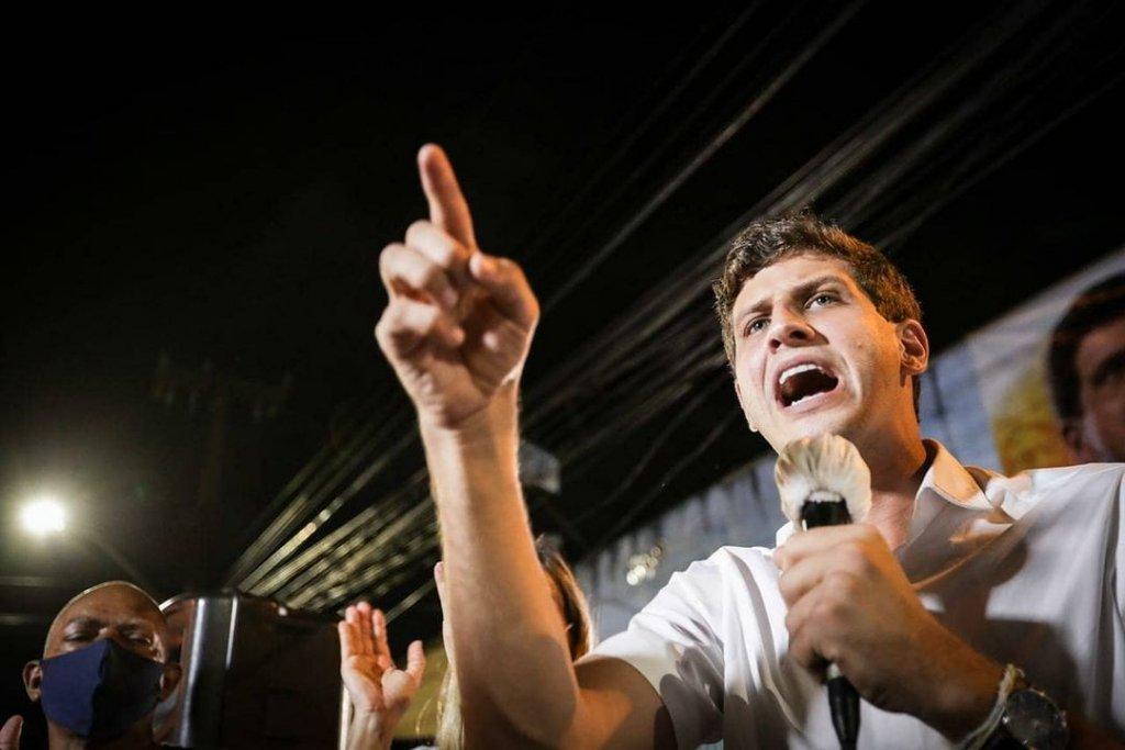 João Campos (PSB) obteve 56,27% dos votos válidos, ante 43,73% recebidos por Marília Arraes (PT)