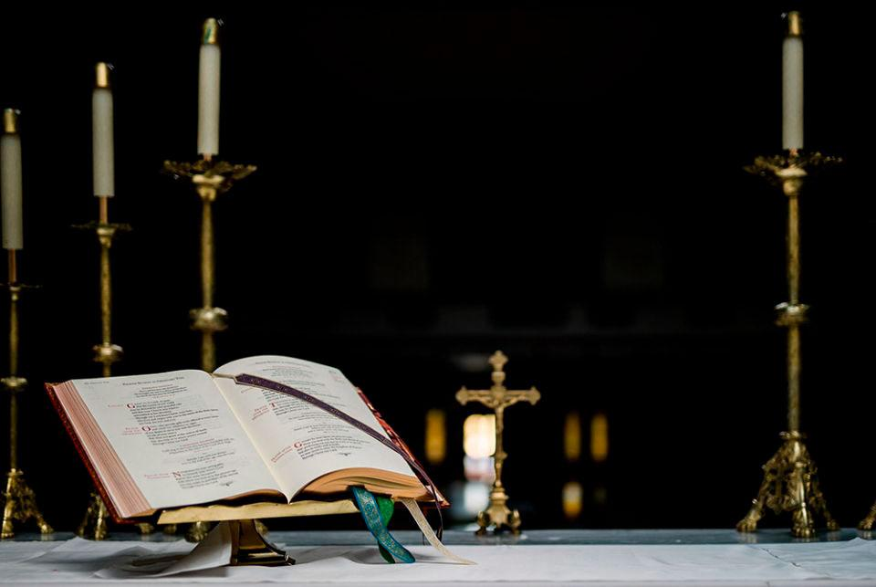Dioceses enfrentam pressões para serem duras nos casos de abuso e podem ser, às vezes, injustas