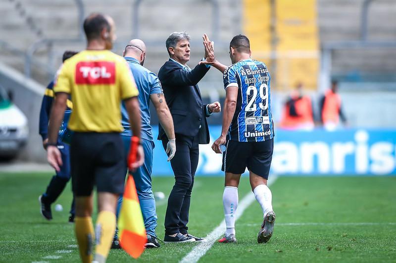 Renato Gaúcho pode conquistar até três títulos importantes na atual temporada