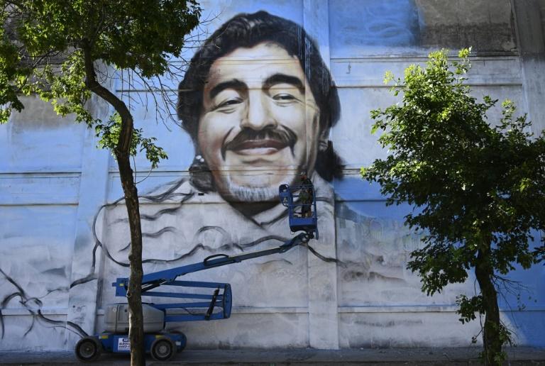 O mural do artista Alfredo Segatori em homenagem a Diego Maradona em Buenos Aires