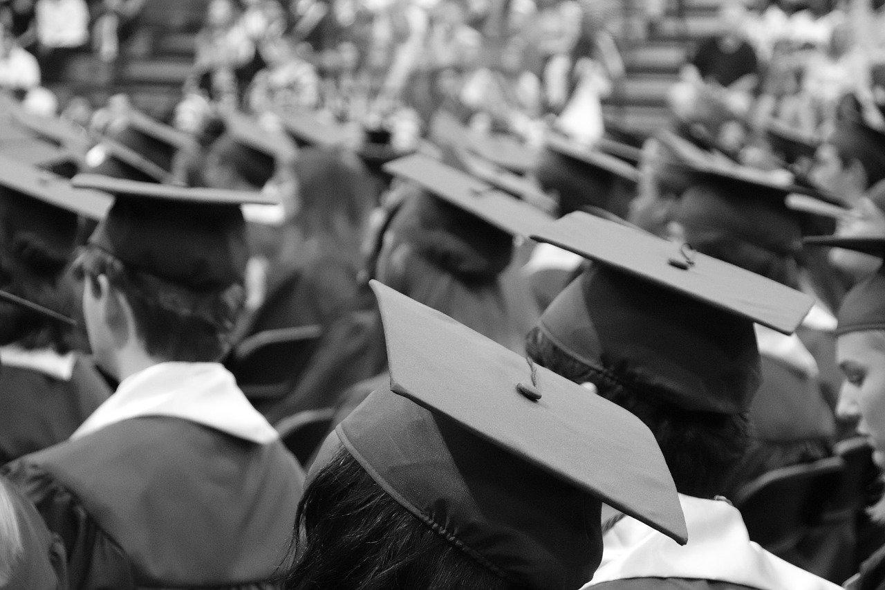 Crise provocada pela pandemia afeta planos de estudantes