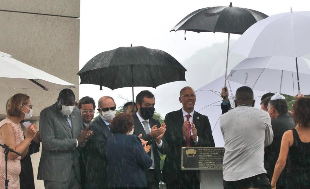 Inauguração do Monumento em Memória às Vítimas do Holocausto, no Morro do Pasmado, zona sul do Rio de Janeiro
