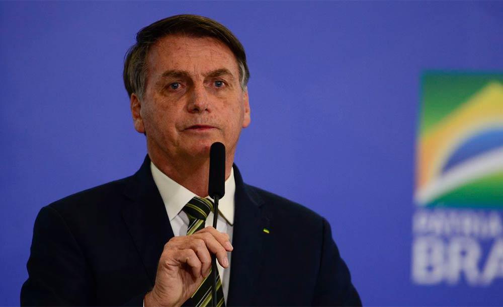 Sem citar nomes, Bolsonaro disse que também não tem pressa de gastar os recursos.
