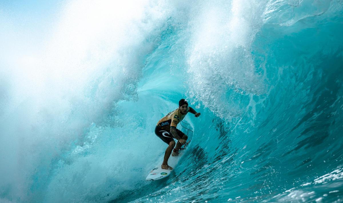 Em dezembro de 2018, Gabriel Medina tornou-se bi-campeão Mundial de Surfe