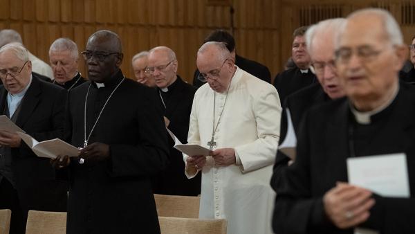 Papa Francisco durante seus exercícios espirituais de Quaresma, em 2019