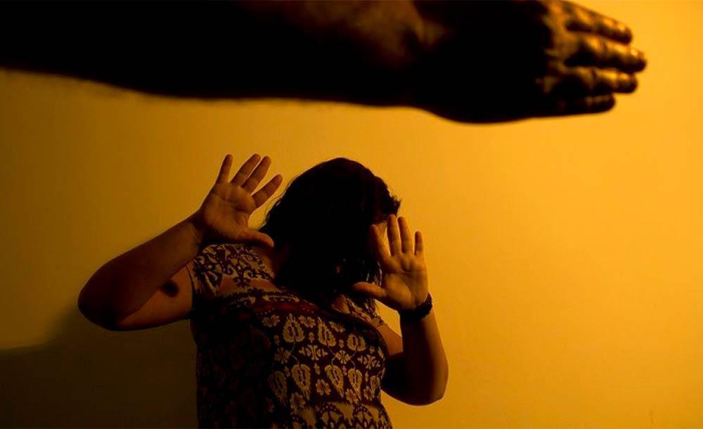 No Maria da Penha Virtual, a vítima preenche um formulário com seus dados pessoais e os do agressor.