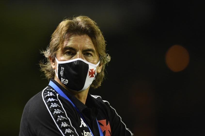 O técnico português chegou ao Vasco, em 14 de outubro, para substituir Ramon Menezes, com o principal desafio de afastar o clube da zona de rebaixamento