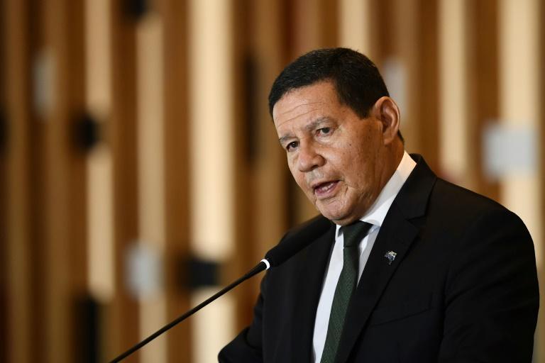 Vice-presidente reforçou que tomará o imunizante de acordo com o grupo prioritário