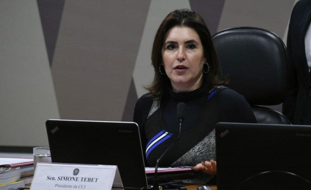 Senadora é presidente da CCJ (Comissão de Constituição e Justiça)
