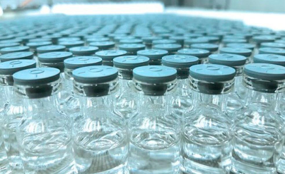 A Fiocruz aguarda 2 milhões de doses de vacina, que chegarão da Índia