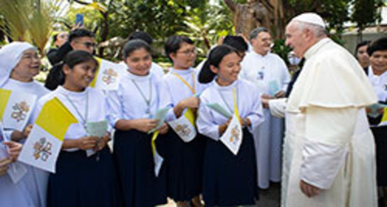 Papa Francisco publicou o motu proprio Spiritus Domini, no último dia 11, onde concede os ministérios de leitor e acólito às mulheres (Vatican Media)