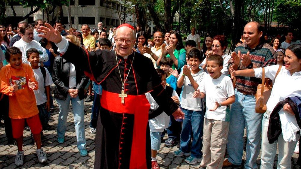 O Cardeal Dom Eusébio Oscar Scheid estava internado no Hospital São Francisco, em Jacareí. Na luta contra a COVID-19, e também enfrentando uma forte pneumonia, chega ao fim a sua missão.