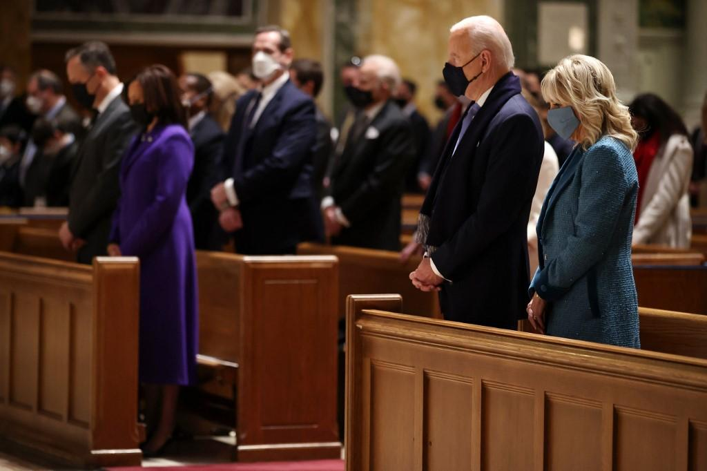 De Salomão a Santo Agostinho, referências religiosas marcam posse de Biden