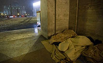 Desabrigados na Praça de São Pedro (Ecclesia/Vatican Media)