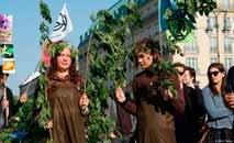 Ativistas protestam contra queimadas na Amazônia, em Berlim (C Neher/DW)