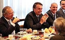 Uso de verba ministerial para gastos supérfluos causou indignação nas redes sociais (Marcos Correa/PR)