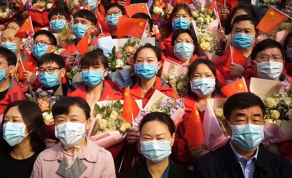 Documentário 'In the same breath' aborda a má gestão da pandemia na China e nos EUA