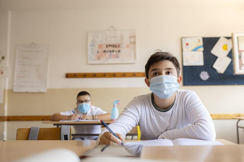 Painel vai monitorar reinício das atividades no ensino básico