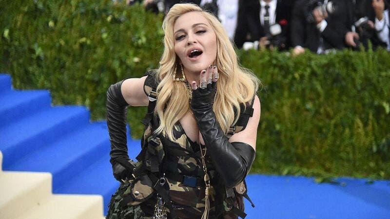 'Madame X' captura a rara e arrebatadora atuação da ícone pop nos palcos