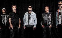 Tico Santa Cruz acredita que para 'o rock sobreviver, ele tem que se posicionar' (Divulgação)