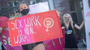 Grande maioria das trabalhadoras do sexo legalmente registradas trabalha em bordéis (DW)