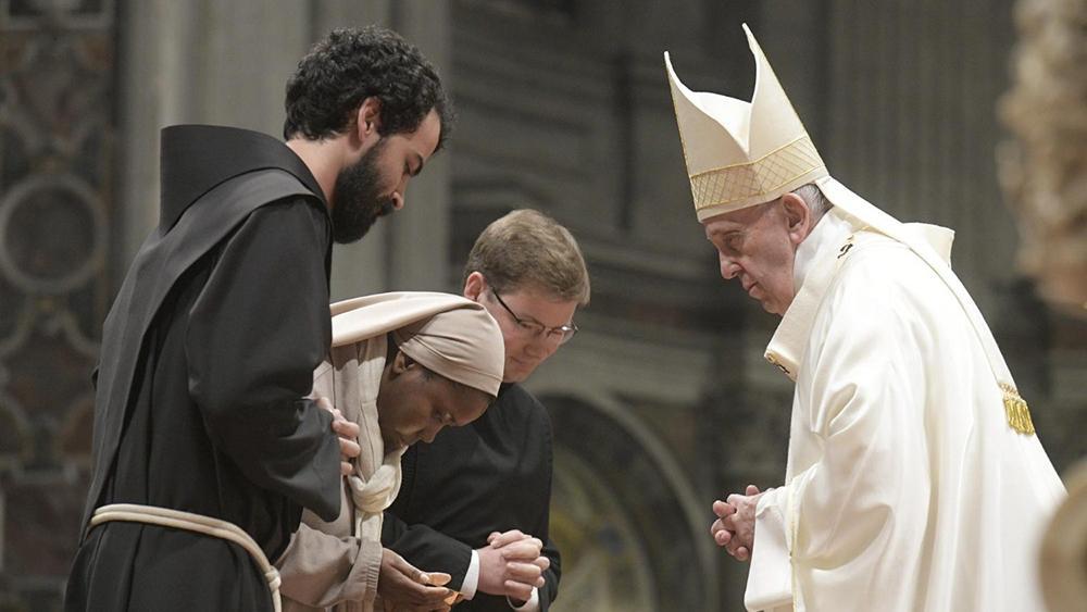 Missa pelos consagrados com o papa Francisco em 2 de fevereiro de 2020