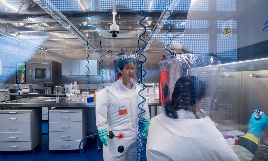 China promoveu teorias de que o vírus pode ter se originado em outro lugar ou ter vindo do exterior