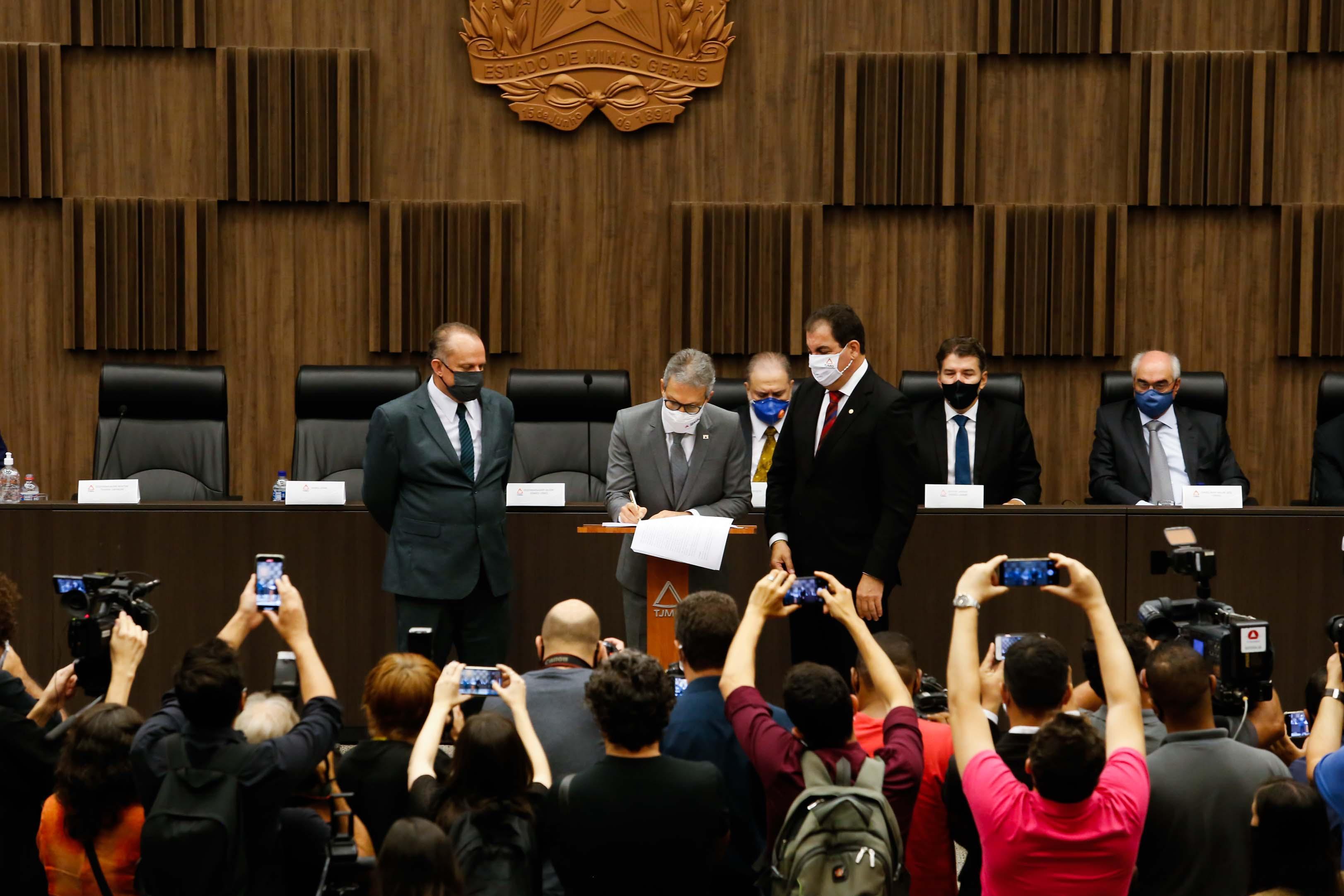 Acordo foi assinado nesta quinta-feira, em Belo Horizonte