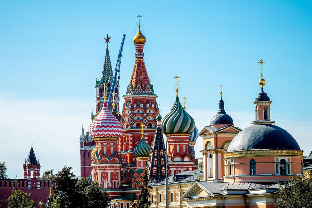 Catedral ortodoxa russa dedicada a São Basílio situada na Praça Vermelha em Moscou