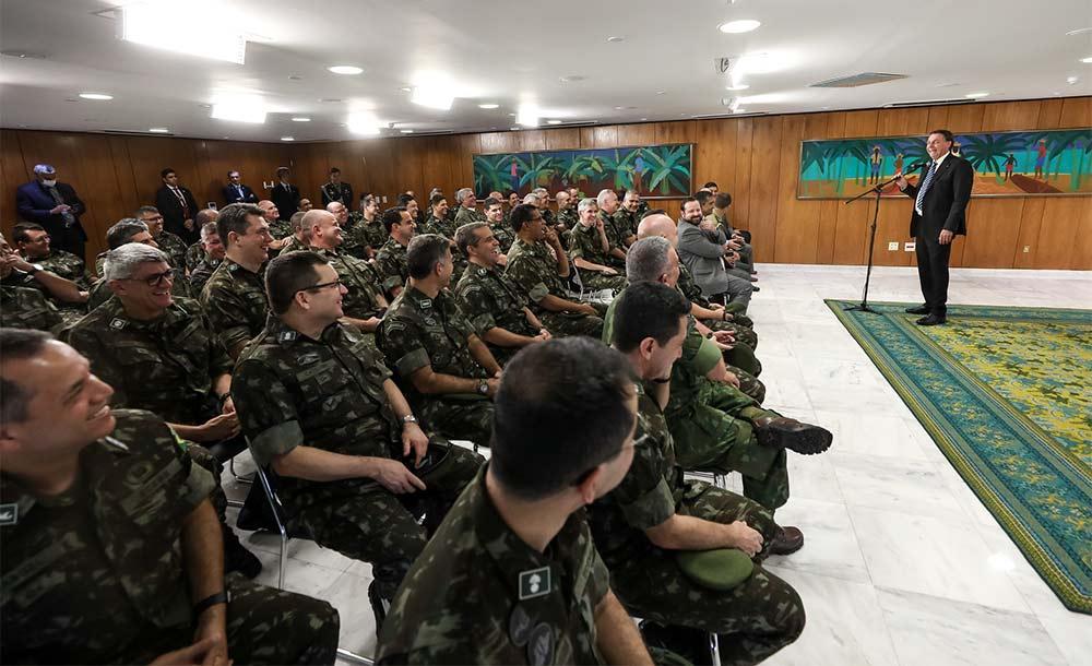 Forças armadas compraram 714 mil quilos de picanha e 80 mil unidades de cerveja realizada em 2020.
