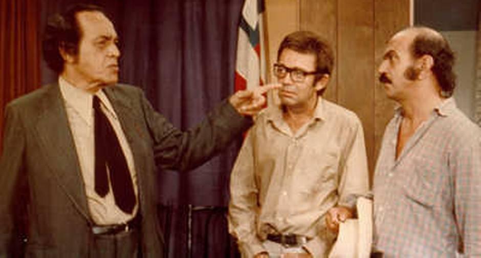 História gira em torno de Odorico Paraguaçu (Paulo Gracindo), um político populista e corrupto,