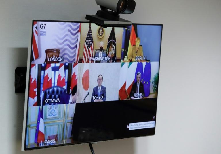 Líderes do G7 em tela na sede do Conselho da Europa, em Bruxelas, Bélgica