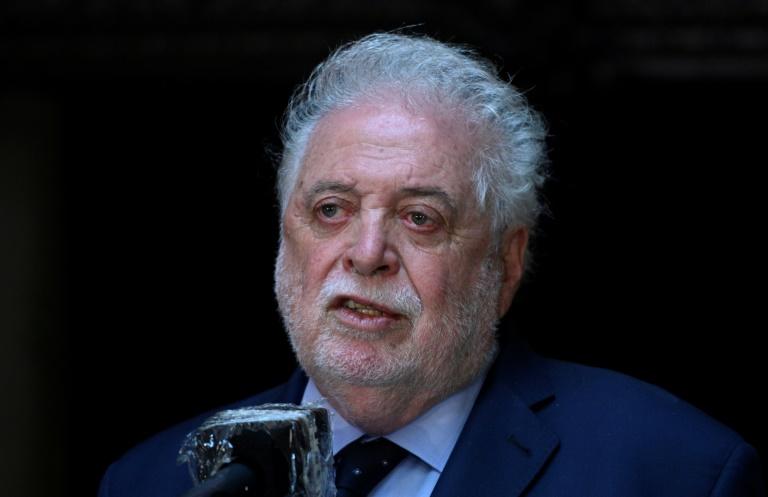 O ministro da Saúde da Argentina, Gines Gonzalez Garcia, no Congresso em Buenos Aires, em 10 de dezembro de 2020