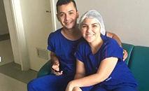 Proposta de casamento em UTI covid, no Ceará, partiu da enfermeira Dayse Rodrigues Carneiro para Francisco Carlos Henrique Mesquita Imagem: (Dayse Carneiro/ Arquivo Pessoal)