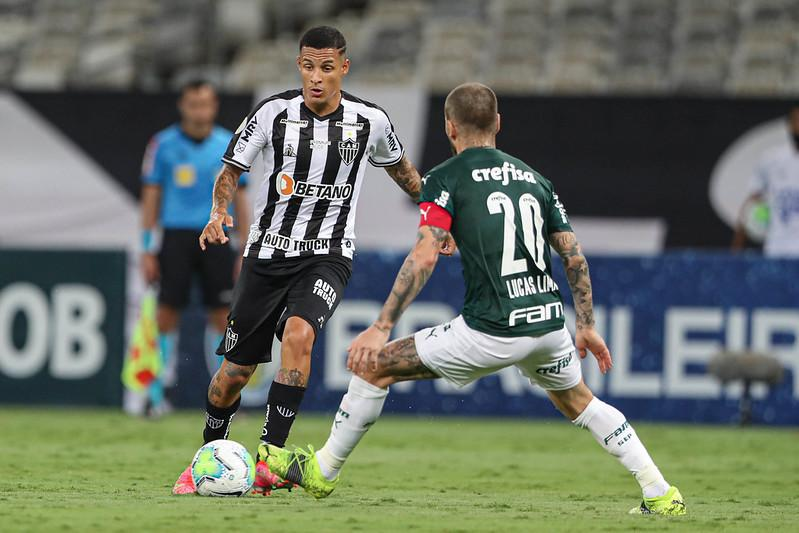 Arana está entre os jogadores que mais atuaram pelo Galo na temporada 2021